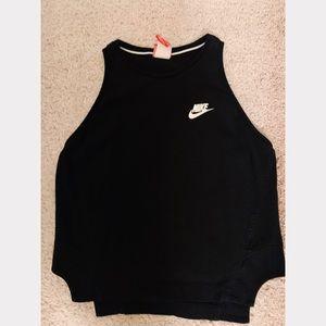 Nike Cropped High-Neck Tank Top